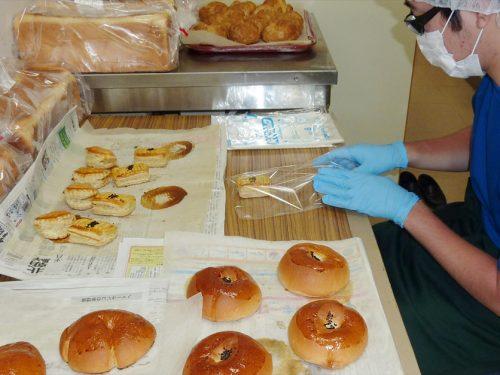写真:製パンの様子4