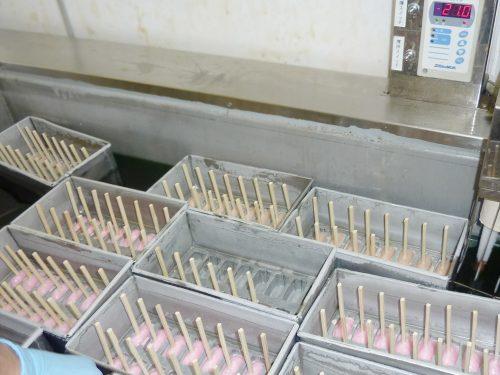 写真:アイスキャンディー製造の様子2